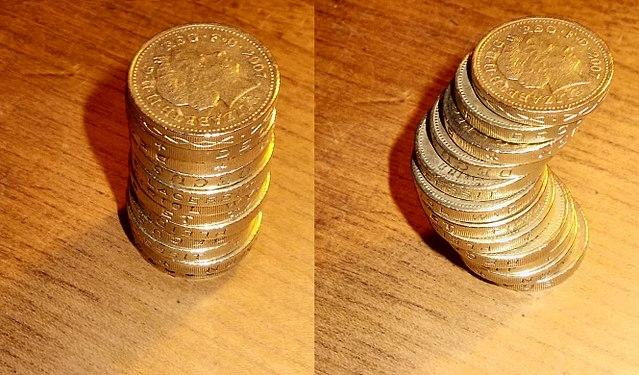 640px-Cavalieri's_Principle_in_Coins